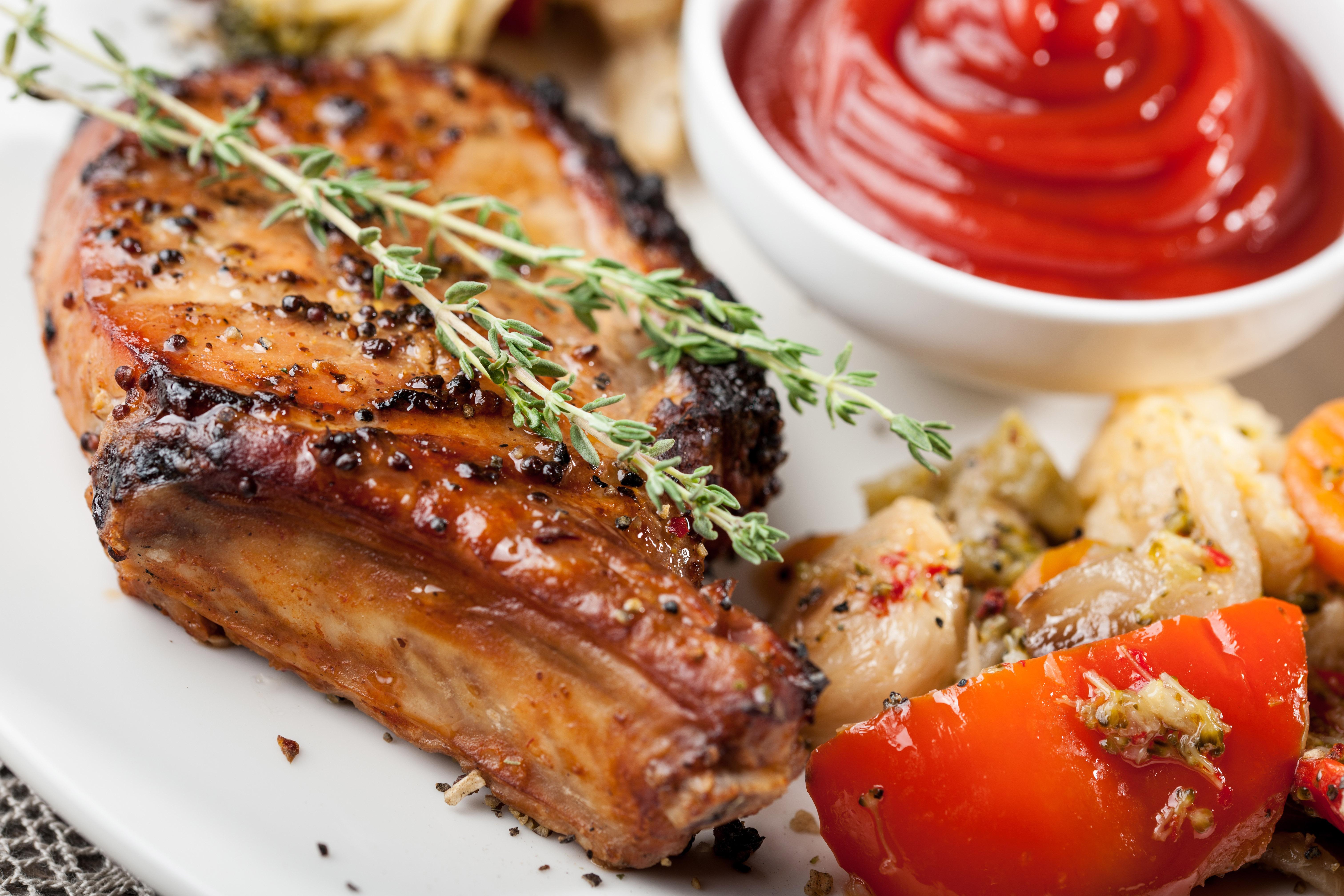 Côte de porc au vinaigre balsamique et épices