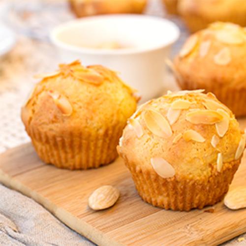 Muffins à l'Époisses et aux amandes