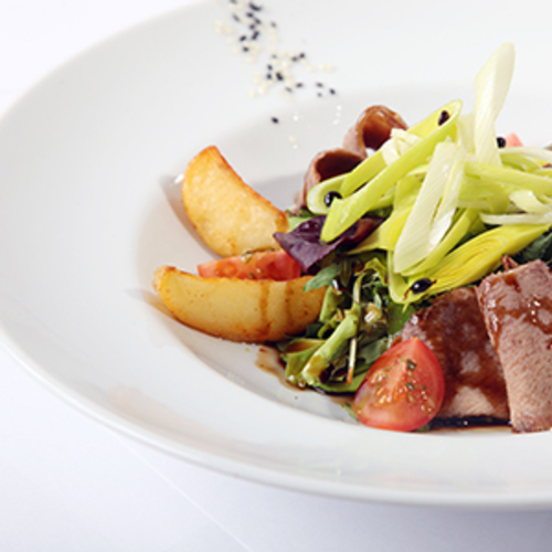 Salade de pomme de terre et langue de bœuf