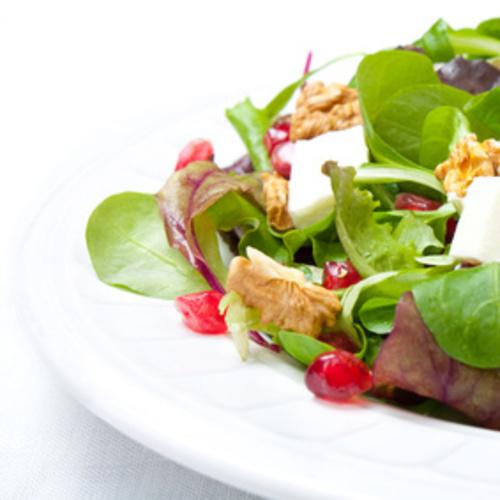 Salade de grenade, chèvre et mâche
